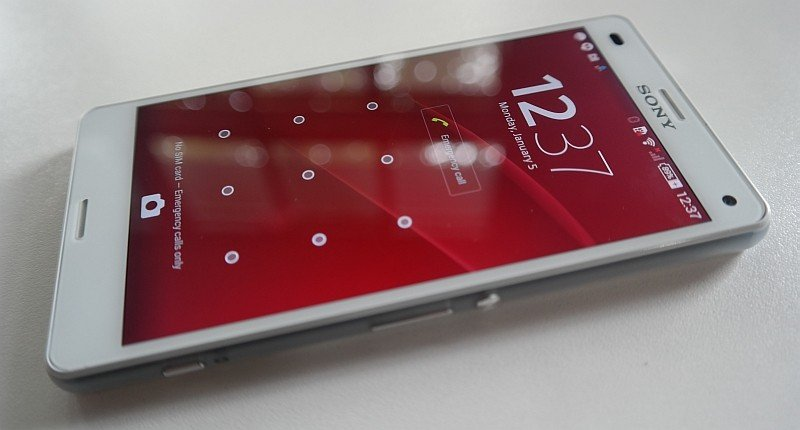 Sony-Xperia-Z3-Compact-pas