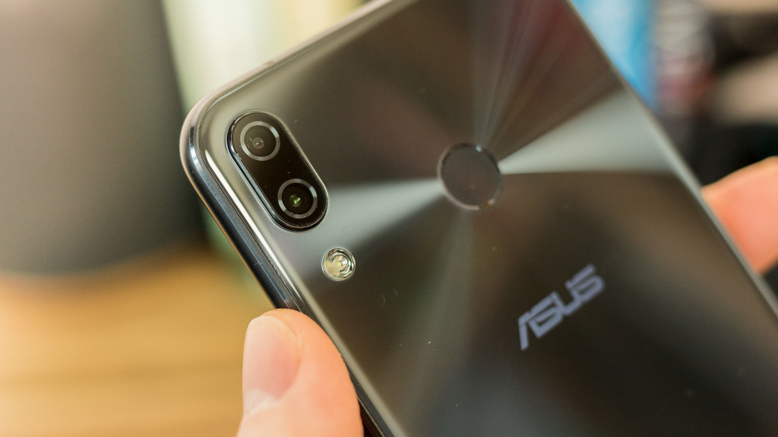 asus zenfone 5 review0222 4