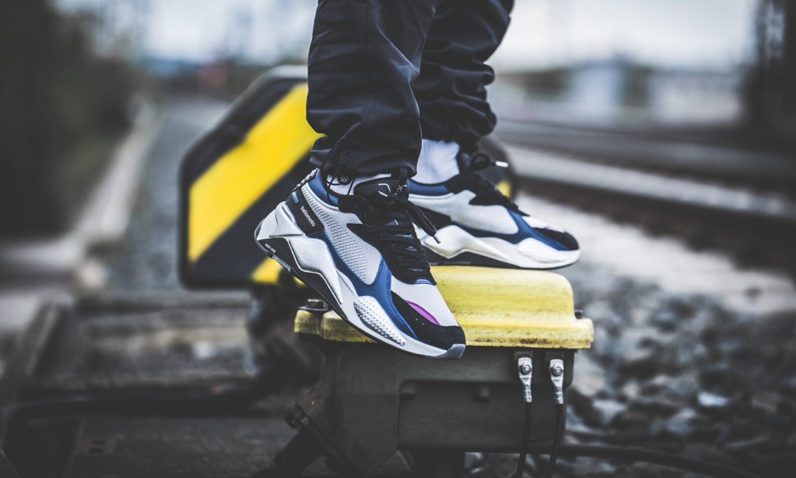 puma-x-motorola-rs-x-tech-silver-blue