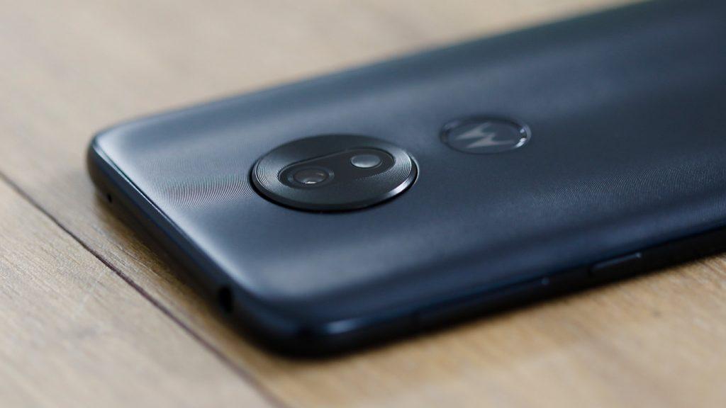 Moto-G7-Play-back-camera-macro
